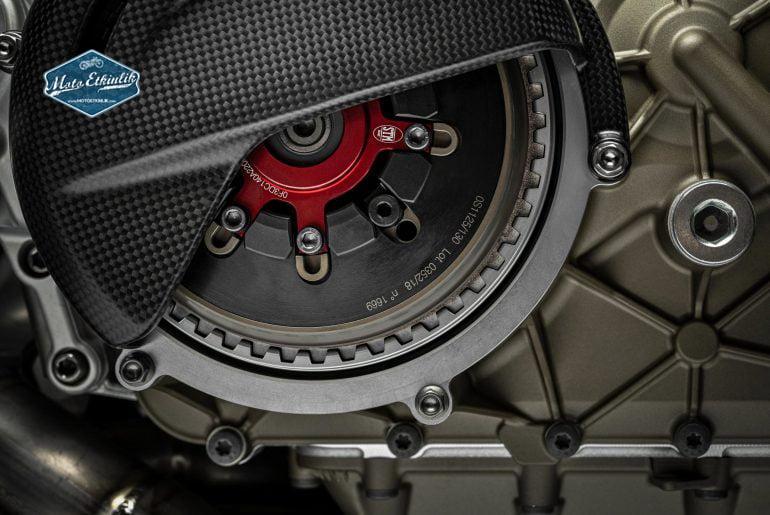 Ducati_Superleggera_V4_STM_slipper_clutch_kaydırmalı_debriyaj_